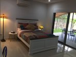Master bedroom - comfortable QB, 1000TC Egyptian cotton sheets, TV, AC, fan, built-in robes, ensuite