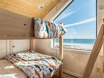 Crows Nest with 2 custom bunk beds (sleeps 6)