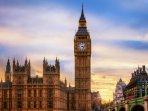 Big Ben, 15 minutes away - Bus 148