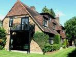Elegant Home near Pinewood Studios