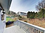 Deck & Backyard