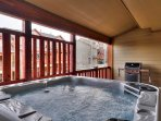 6-Person Hot Tub on Private Deck with BBQ Grill