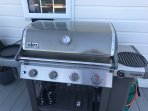 state of the art weber bbq cook pizza,whole chickens,stir frys,bbq  perfect steaks with the igrill