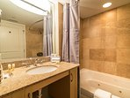 Bathroom with Garden Tub/Shower