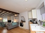 Open plan kitchen/ lounge area