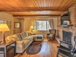 Escape to nature at this Prescott vacation rental house!