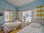 Additional guests will sleep soundly in the second bedroom with 2 twin beds.