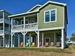Make the most of your Galveston getaway by staying at this charming 3-bedroom, 2-bath vacation rental cottage!
