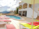 5-bed villa with 3 self-contained apartments and a pool
