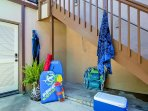 For your convenience, outdoor shower and we provide beach gear!
