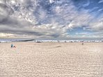 Welcome to to the beautiful spacious beaches of Newport Beach!