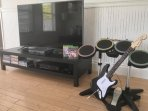 Xbox one with Garage Band available at the home!