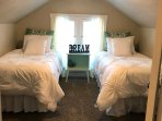 bdrm #2, 2 twin beds that can convert into a king