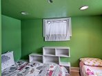 The 2 twin beds can be moved for a custom sleeping arrangement.