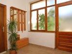 Hallway, Surface: 27 m²