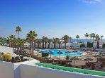 Terrace - pool and ocean view
