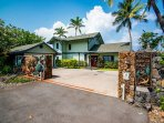 Welcome to your home away from home here at Hoku'ea Hale!
