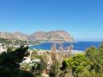 Splendida vista sul Golfo di Mondello dalla terrazza panoramica della casa vacanze Al Dawrah