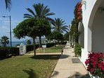 indabella-front-gardens (2).jpg