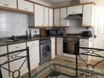 Fully equipped Kitchen - Fridge Freezer, Washer/Dryer, Fan Oven, Microwave and all other mod cons!