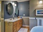 Soak your sore ski legs in the large bathtub.