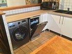 Kitchen Samsung Washing Machine & Kenwood Dishwasher