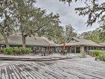 You'll feel right at home at the Omni Plantation Resort.