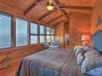 Enjoy mountain views from bed!