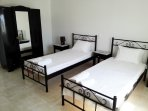 Oniron Double Twin Bedroom