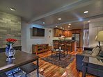 Clear the calendar for an easy Aspen getaway at this vacation rental condo!