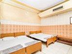 Bedroom variant 1