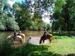 Lucy sur Yonne, la baignade , un endroit charmant à 4km