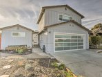 Experience Silicon Valley luxury in this cozy 3-bedroom, 2-bathroom vacation rental home for 6.