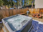 Hot Tub and Yard Overview