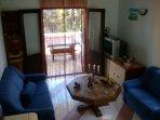 H Pierida (8+4): living room