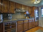 The fully equipped kitchen has everything you need to prepare your favorite homemade meals.