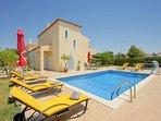 3 bedroom Villa in Salgados, Faro, Portugal : ref 5334395