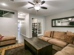 Beautiful 2 Bedroom Townhome in Addison