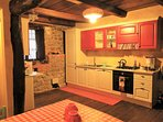 Well equipped kitchen and breakfast room