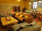 Large lounge diner