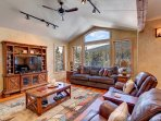 Living room with gorgeous mountain views
