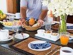 Villa Shanti - Food prep