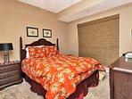 Guest Bedroom 2 - Queen