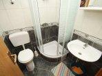 Bathroom, Surface: 2 m²