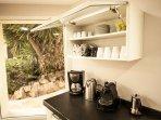 Zona de cafe : Coffee machine, Kettle, Nespresso Coffee machine and normal Spanish coffee machine