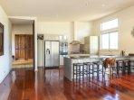 Hunter Valley Accommodation - Blue Cliff Retreat - Kitchen