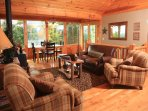 Sunset Ledge_Sleeps 6_Pet Friendly_Fence In_Enchanted Mountain R
