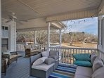 Host a happy hour in this comfortable lounge area on the deck.