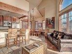 SkyRun Property - '18 Autumn Brook' - Living Room
