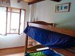 Dormitorio 4, con literas (2ª planta).